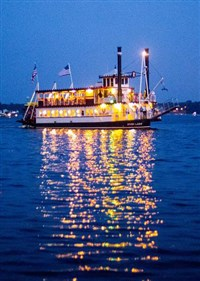 4th of July Fireworks Dinner Cruise (River Lady)